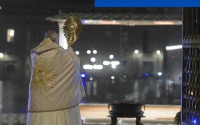 """Bendición Urbi et Orbi. Papa Francisco: """"Es el tiempo de restablecer el rumbo de la vida hacia ti, Señor, y hacia los demás""""."""